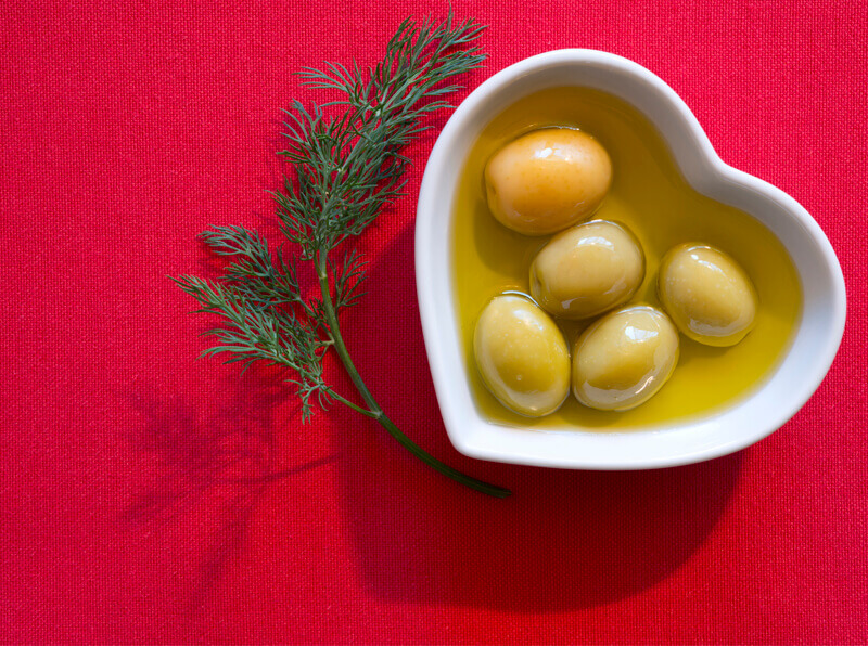 How to reduce high cholesterol with olive oil