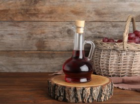 Wine vinegar, types and uses in the kitchen