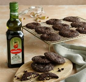 Brownies de caramelo con aceite de oliva y un toque de sal